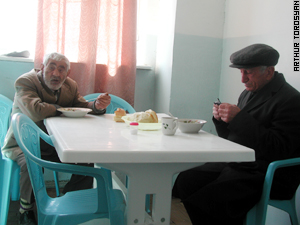 The elderly and refugees get daily meals at Mission Armenia canteens.